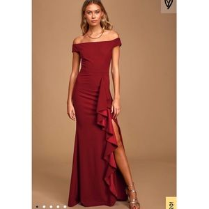 Mila Burgundy Ruffled Off-the-Shoulder Max size M